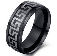 Черное кольцо с орнаментом Версаче