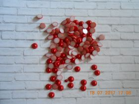 кабошон КРАСНЫЙ  ПЕРЛАМУТР  диаметр 10 мм материал пластик упаковка 10 шт