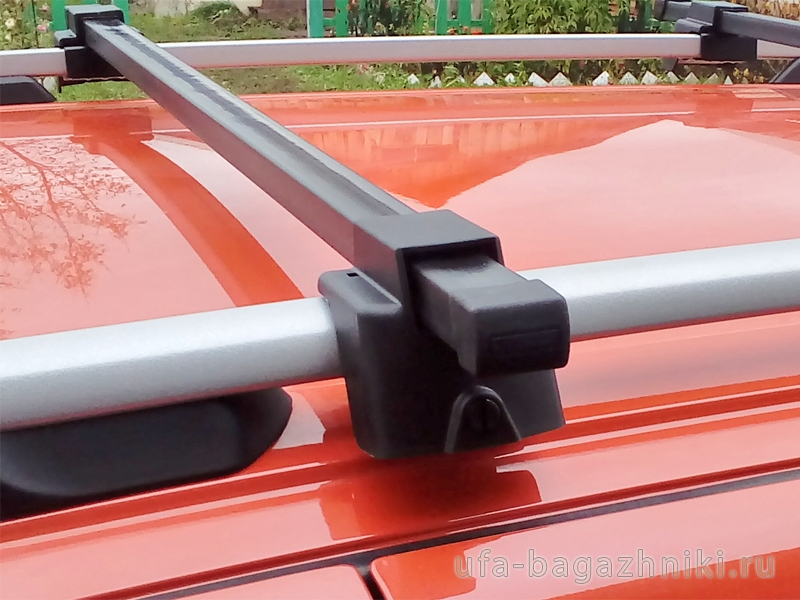 Багажник (поперечины) на рейлинги на Ладу Калину, Атлант, стальные дуги